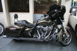 Harley-Davidson-Street Glide 1745 SPECIAL